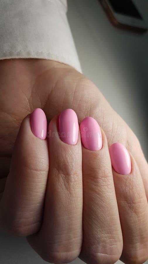 Stile rosa dei chiodi di estate fotografia stock