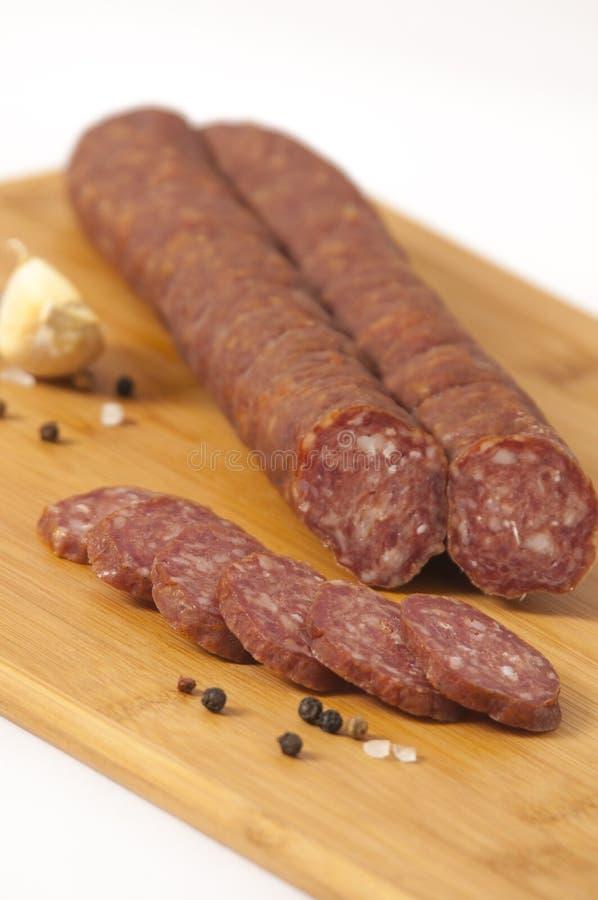 Stile serbo del salame duro - kobasica di Cajna fotografia stock libera da diritti