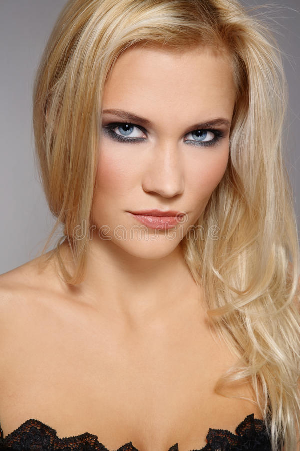 stilfull blondin royaltyfri foto