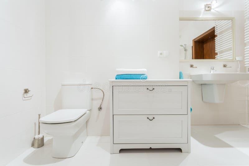 Stilfull toalett royaltyfri foto