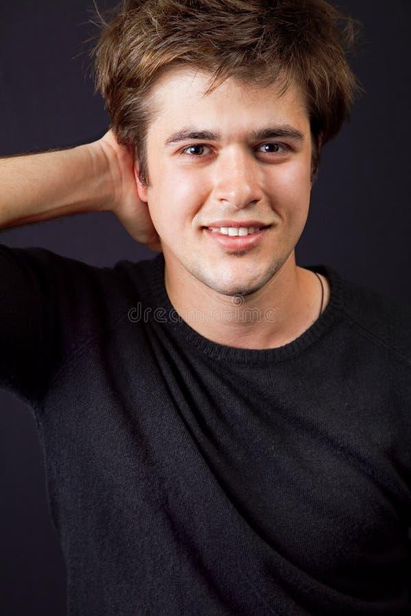 stilig lycklig man trevlig för hår royaltyfri bild