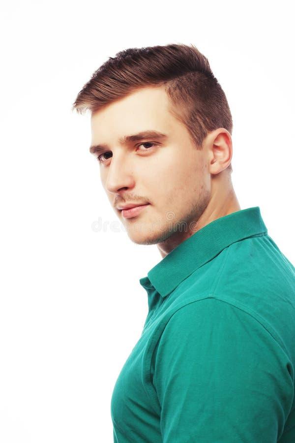 Stilig t-skjorta för manblankogräsplan royaltyfri bild
