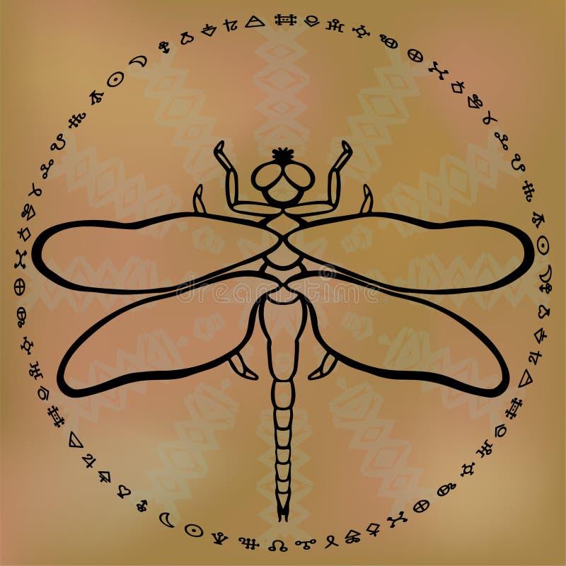 Stilisierte Entwurfslibelle auf dem sandigen braunen ethnischen unscharfen Hintergrund gestaltet mit Kreis von Alchimiesymbole To stock abbildung