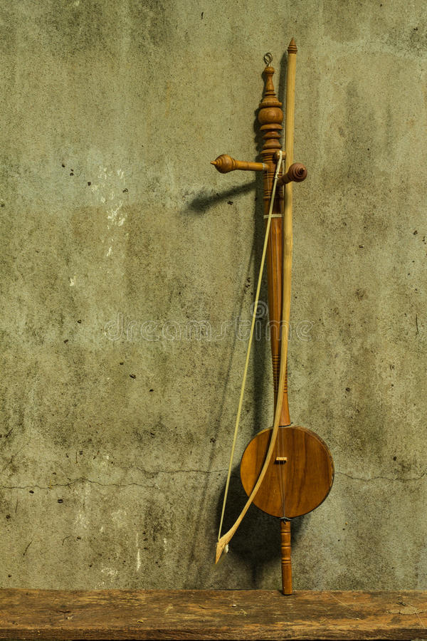 Free Still Life Saloa - Thai Musical Instrument Royalty Free Stock Photos - 35258938