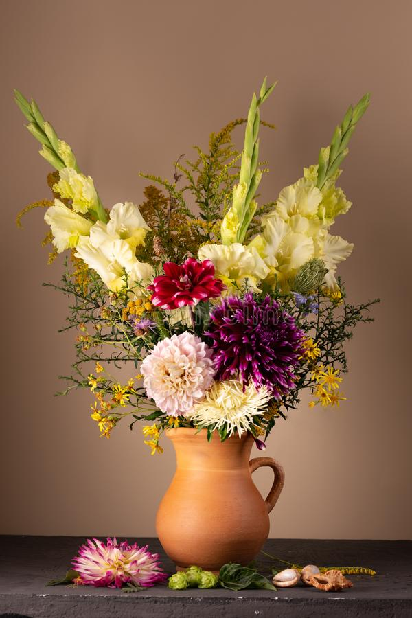Free Still Life With A Bouquet Of Fresh Bright Flowers Royalty Free Stock Photos - 156656828