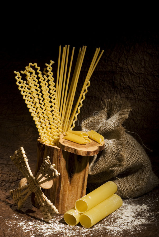 Free Still Life With Pasta 2 Royalty Free Stock Images - 3858799