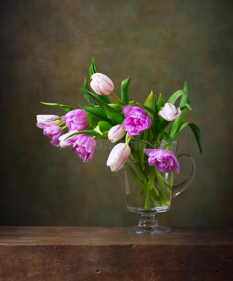 Free Still Life With Tulips Royalty Free Stock Images - 40329749
