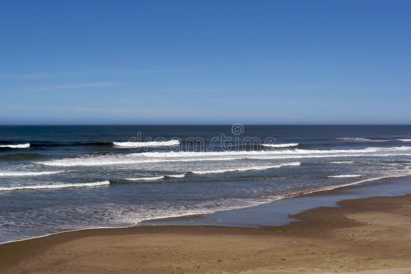 Download Stillahavs- hav arkivfoto. Bild av krusningar, jord, kust - 3532832