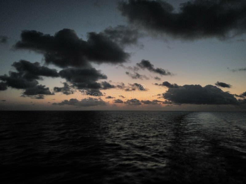 Stillahavs- troncones för strandguerreromexico hav arkivfoton