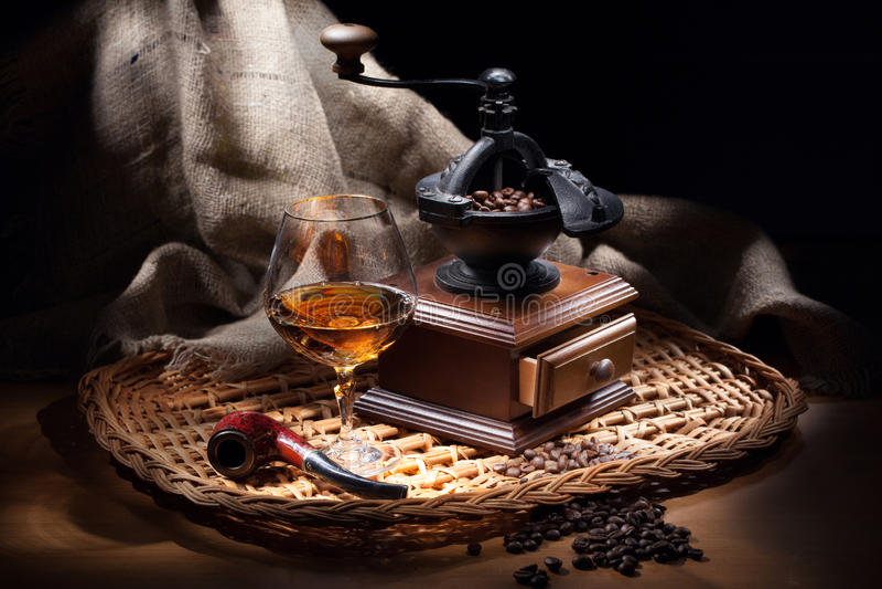 Stilleben med kaffe maler royaltyfria foton