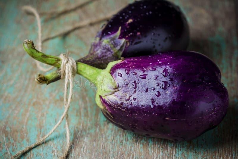 Stilleven met Aubergine (aubergine) stock fotografie