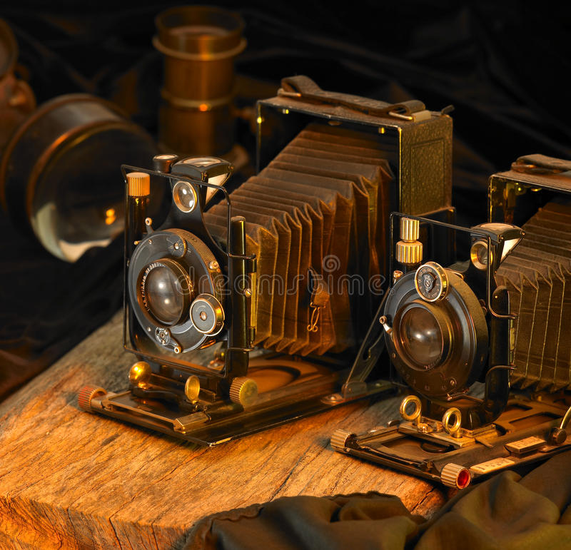 Stilleven met nostalgische camera's royalty-vrije stock afbeeldingen
