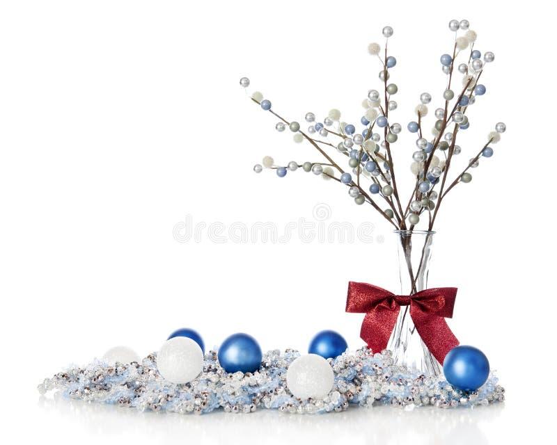 Stilleven van Blueand het Witte Kerstmis royalty-vrije stock foto's