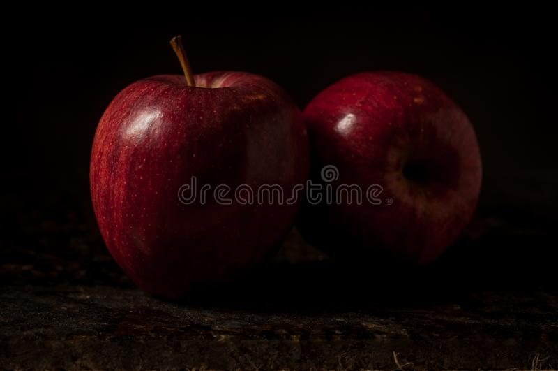 Stilleven van twee appelen royalty-vrije stock foto's