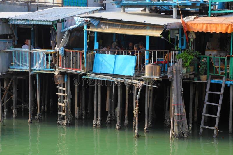 Stilt domy w chińskiej wiosce obraz stock