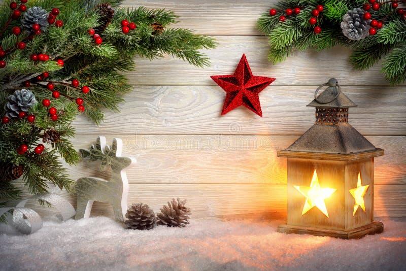 Stilvolle dekorative Weihnachtsanordnung stockfoto