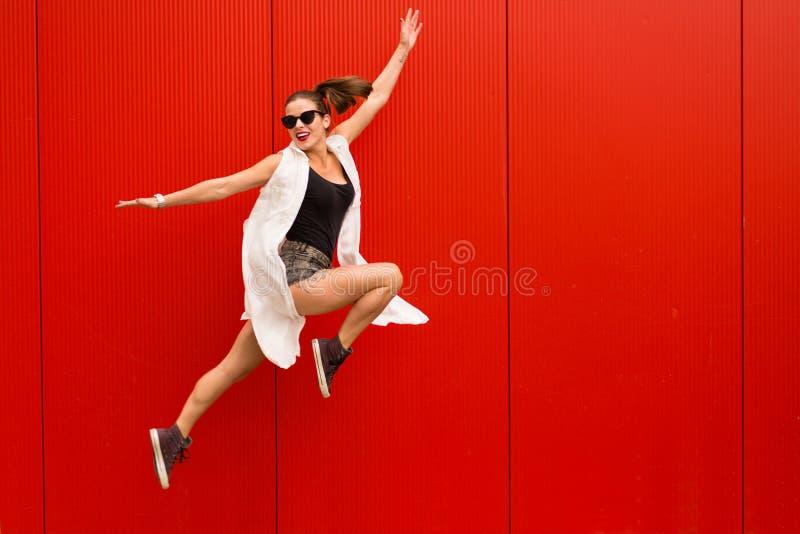 Stilvolle Frau lizenzfreie stockfotos