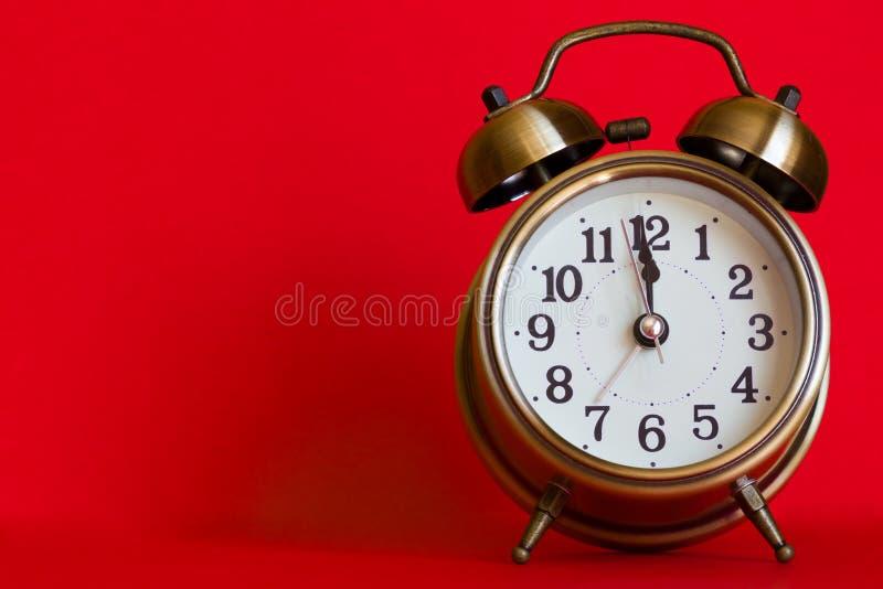 Stilvolle klassische Alarmuhr stockfoto