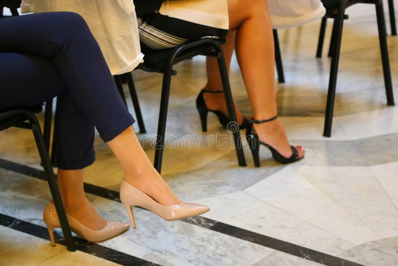 Stilvolle Schuhe lizenzfreie stockfotografie