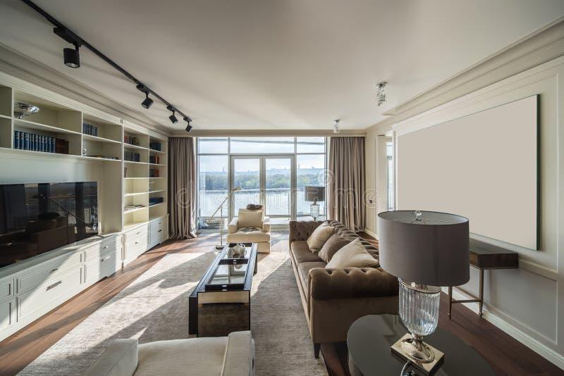 Stilvoller moderner Innenraum lizenzfreies stockbild