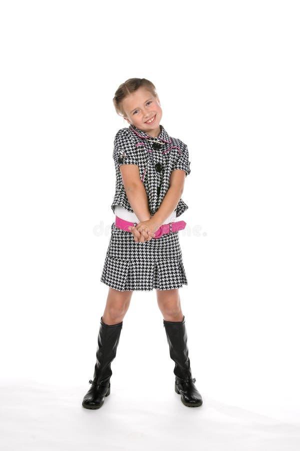 Stilvolles Mädchen in Schwarzweiss stockbild