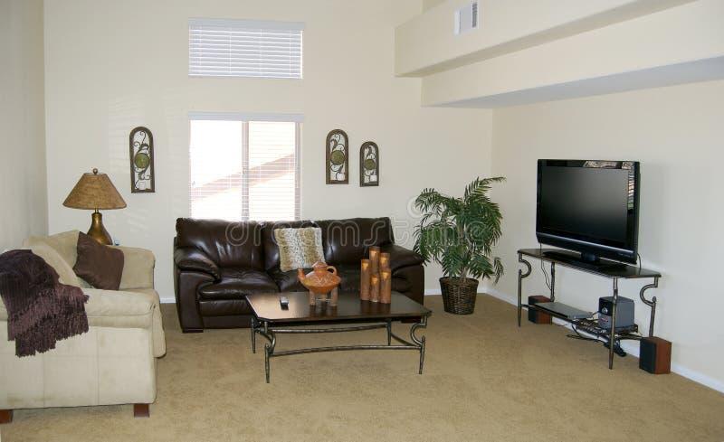 Stilvolles Wohnzimmer stockbilder