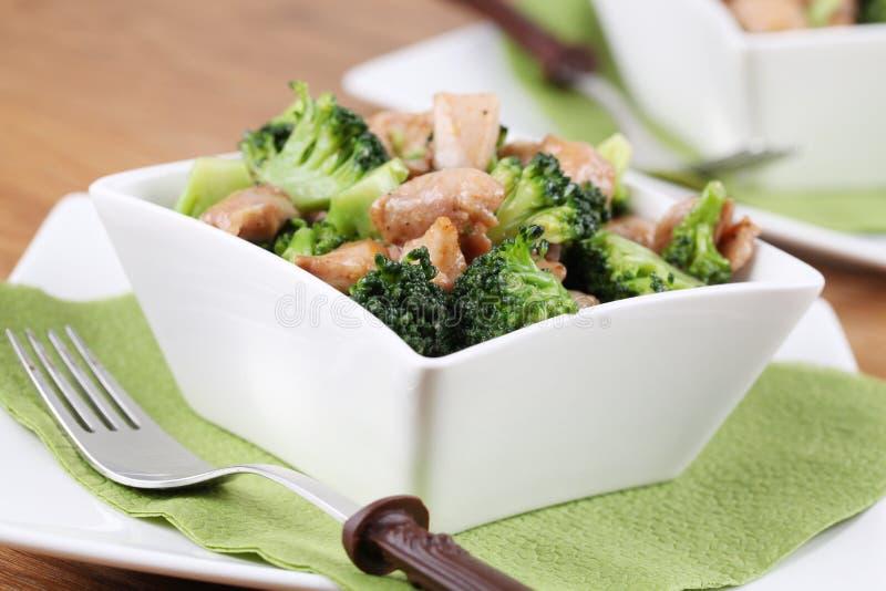 stir för broccolihönasmåfisk royaltyfri foto