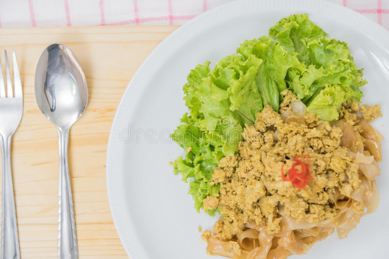Stir fried rice noodle with pork (Pad See Eiw) royalty free stock photos