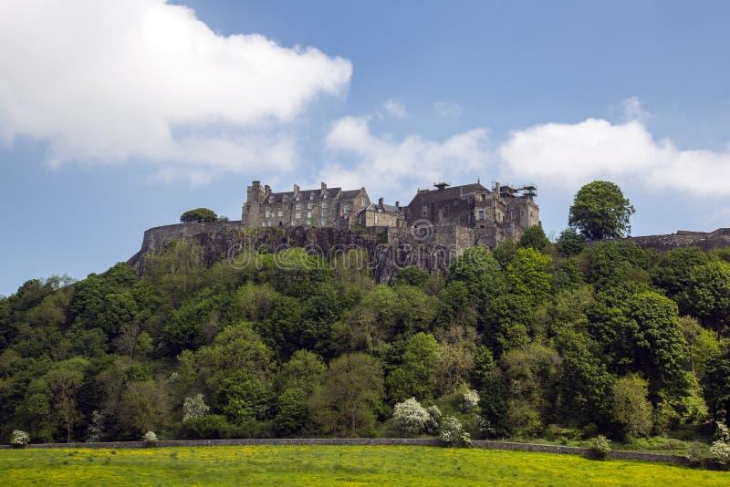 Stirling Castle molnig blå himmel royaltyfri fotografi