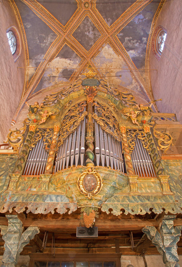 Stitnik - Baroque organ from year 1723 in gothic evangelical church in Stitnik from 14 - 15 cent. On December 29, 2013 in Stitnik, Slovakia stock images