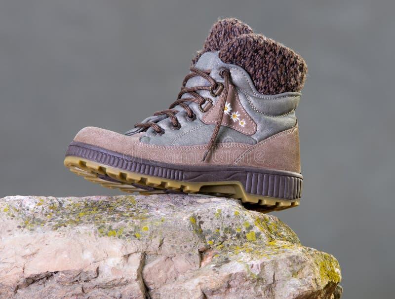 Stivali della femmina di inverno fotografie stock libere da diritti