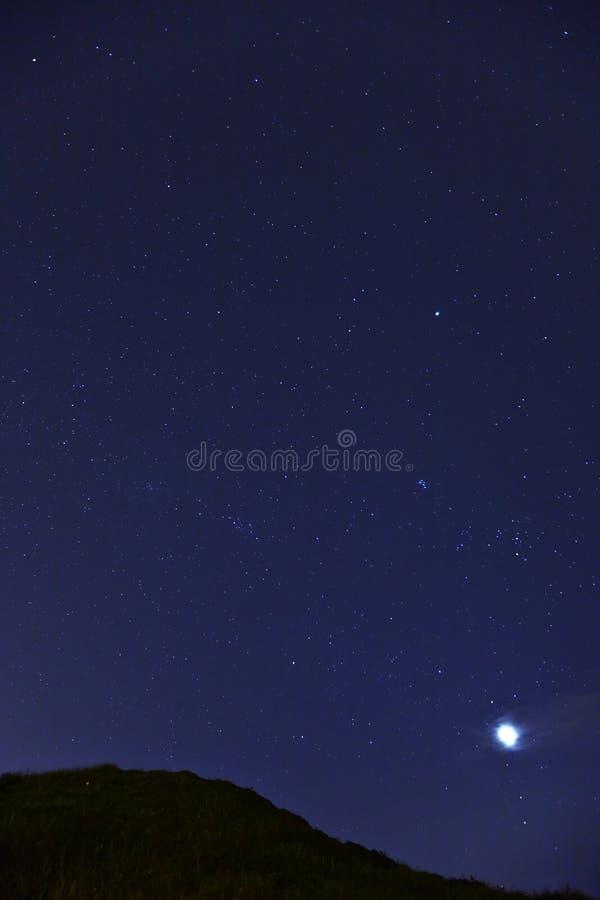 Stjärna på natten arkivfoton