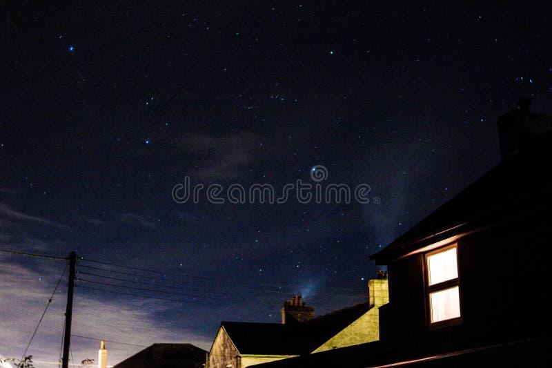Stjärnbelyst himmel royaltyfri fotografi