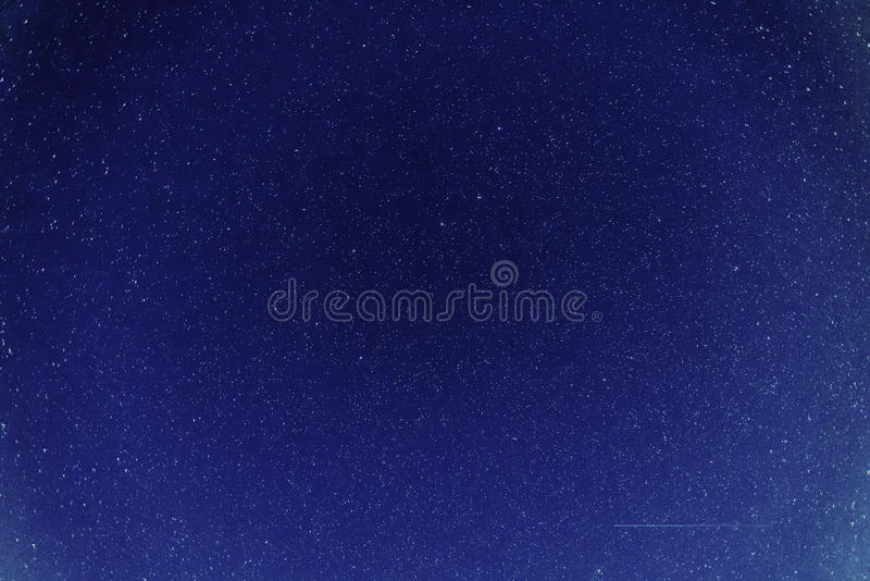 Stjärnor i nattskyen arkivbild