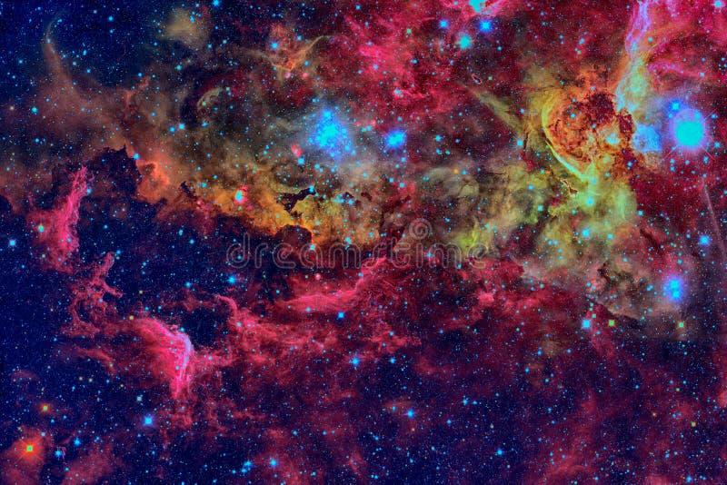 Stjärnor och galax i ett djupt utrymme arkivfoton