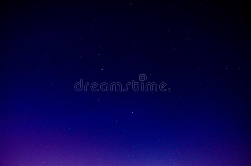 Stjärnor på natten royaltyfri bild