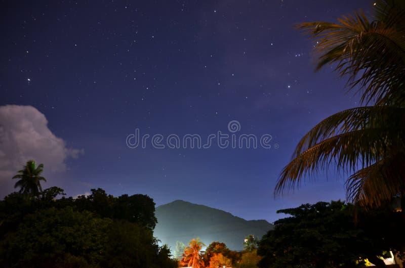 Stjärnor på skyen royaltyfri foto