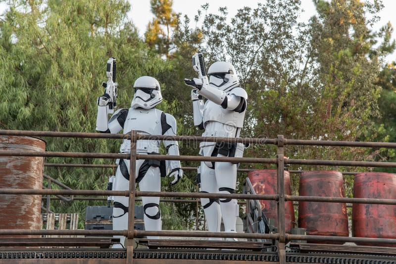 Stjärnornas krig: Galaxy's Edge vid Disneyland Resort i Anaheim royaltyfri fotografi