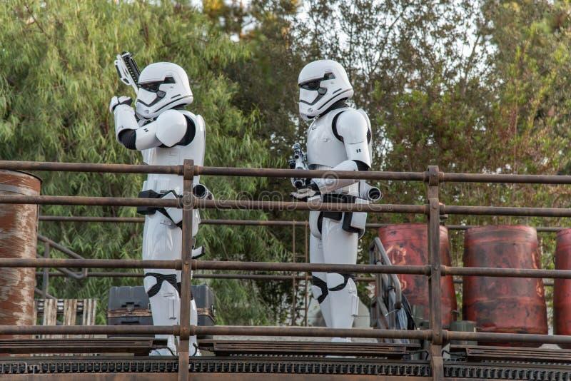 Stjärnornas krig: Galaxy's Edge vid Disneyland Resort i Anaheim royaltyfria foton