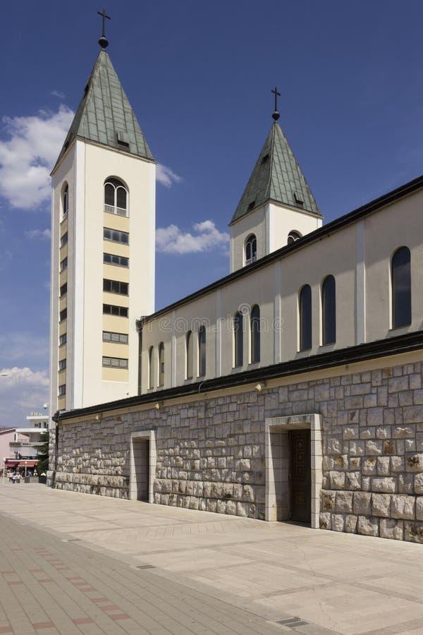 StJames katedralny dzwonkowy góruje w Medjugorje obrazy stock