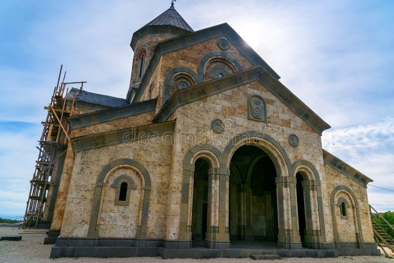 StNino` s kerk in Klooster van St Nino in Bodbe Sighnaghi georgië stock afbeelding