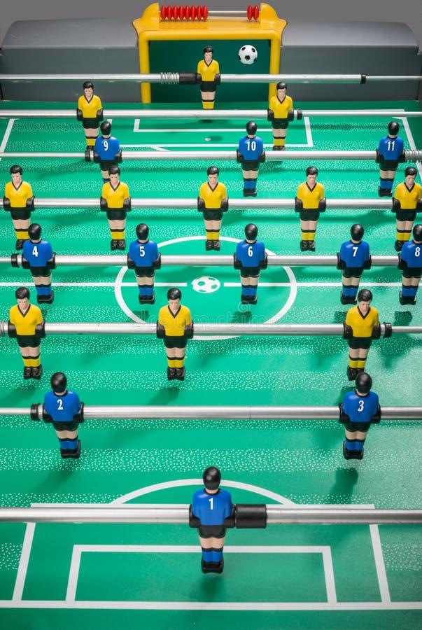 Stołowy futbol z graczami i liczyć koszula obrazy stock