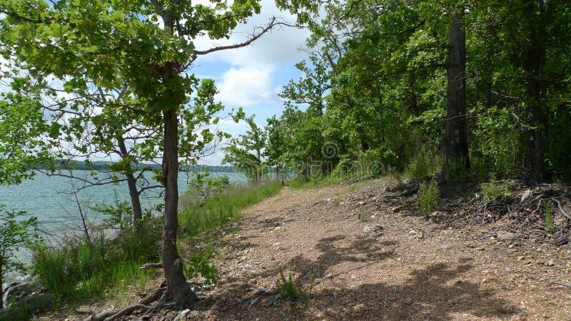 Stołowy Rockowy jezioro, Ozark góry, Missouri zdjęcia stock