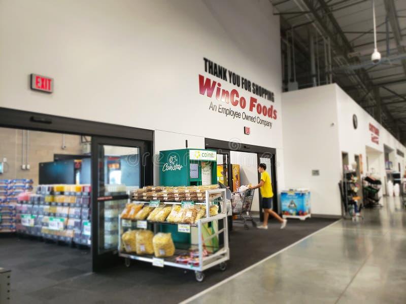 Stockez la sortie et l'entrée TX Etats-Unis de WinCo photographie stock libre de droits