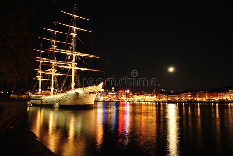 Stockholm bij nacht royalty-vrije stock fotografie
