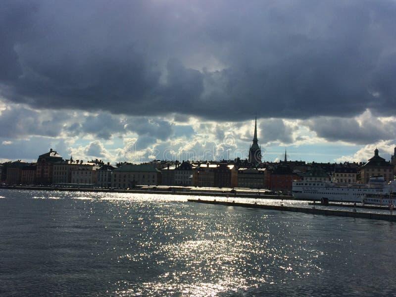 Stockholm in het zonlicht stock afbeelding