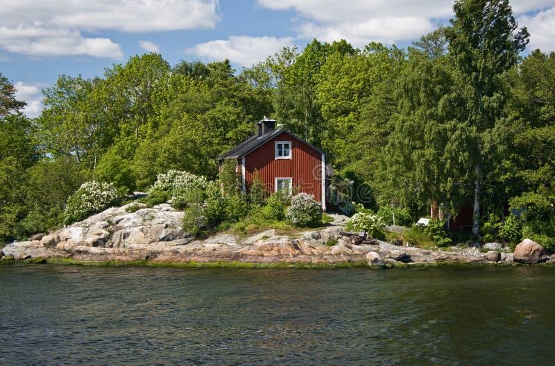 Stockholm skärgård, sommarhus arkivbilder