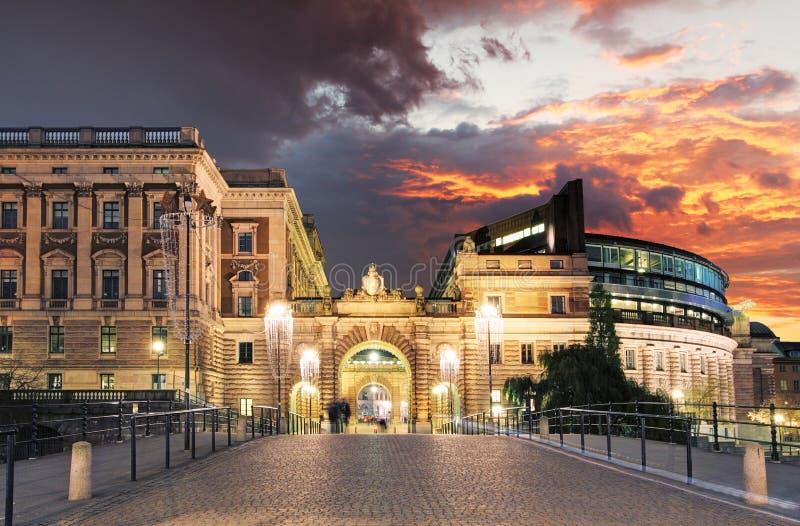 Stockholm Sverige Riksdag (parlament) byggnad arkivbild