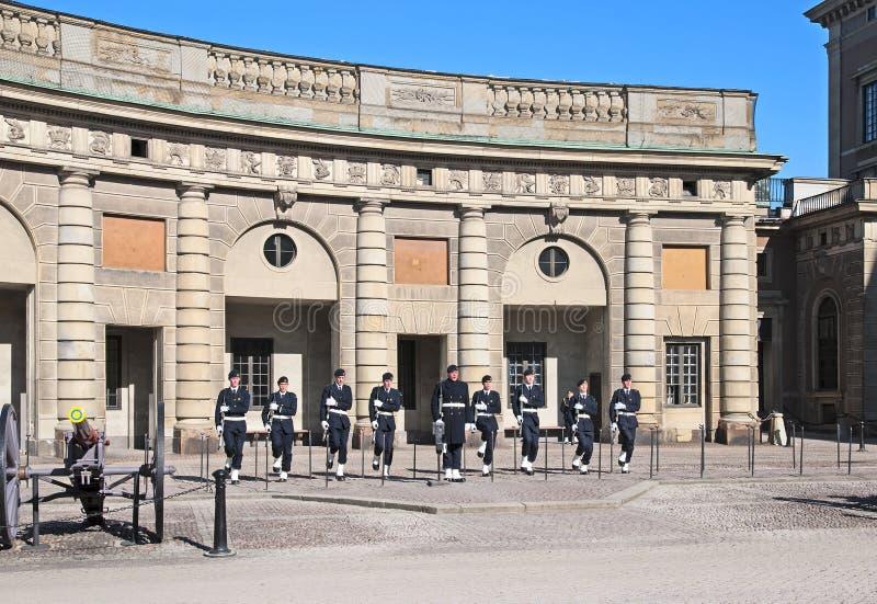 Stockholm sweden Garde à Royal Palace images stock