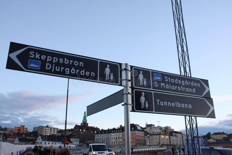 Stockholm, Zweden: 1 april 2017 - panorama van de Oude architectuur van Stadsgamla Stan in Stockholm, Zweden stock foto